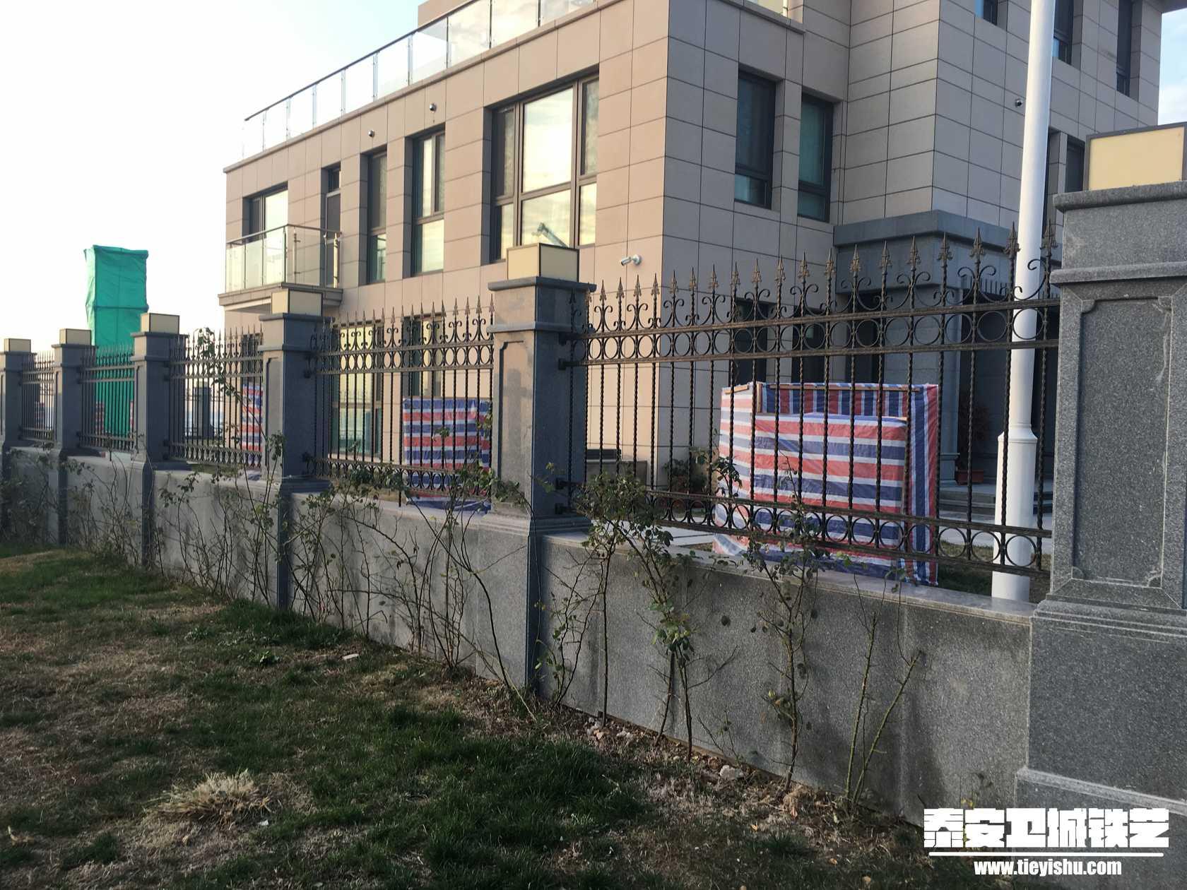 别墅铁艺tw201620-碧桂园别墅区墅围墙二手香樟中信图片