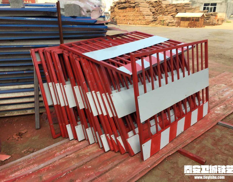 铁艺护栏TNHL201625-泰安建筑工地施工护栏