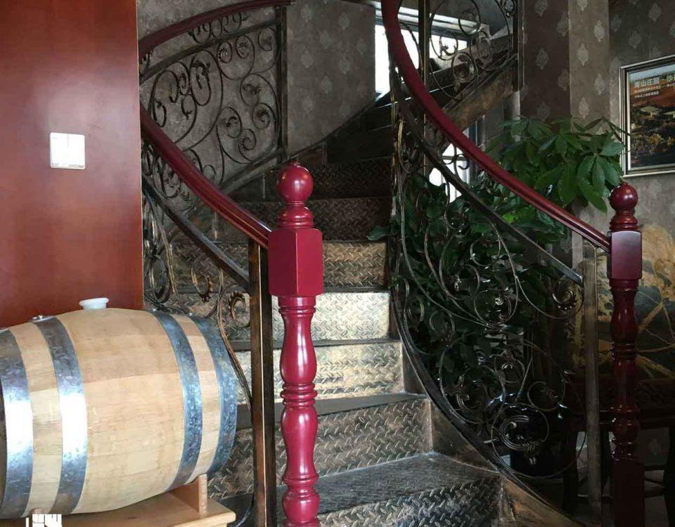 钢构楼梯GGT201616-泰安南山红酒庄园